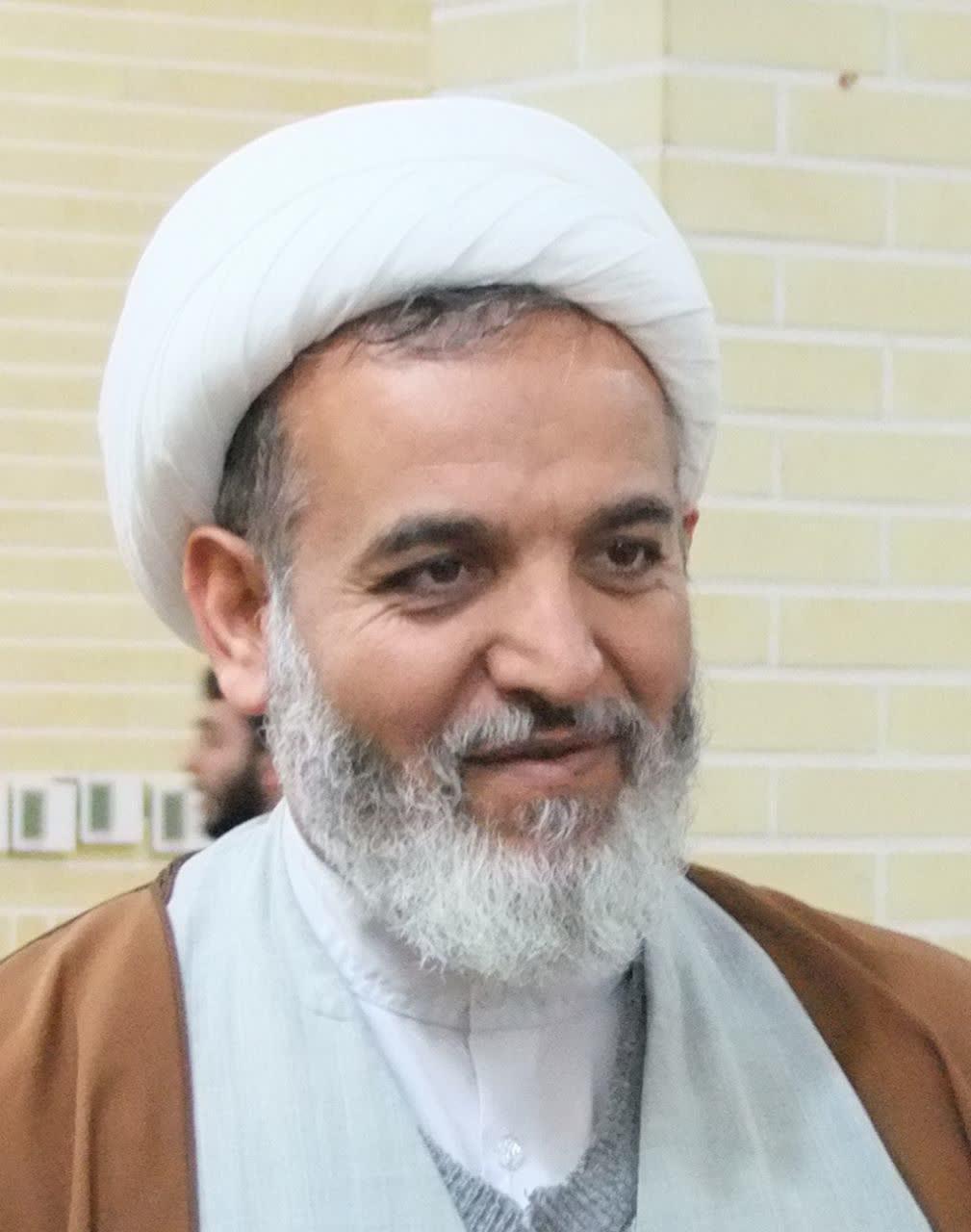 حجت الاسلام عباسی، مدیر محترم مدرسه علمیه آیت الله بهجت قم
